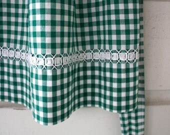 Green Gingham Half Apron, Womens Apron, Half Apron with Pocket, Vintage Apron, Handmade