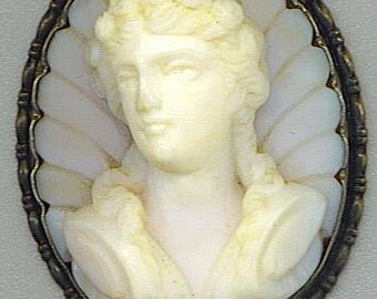 Bohemian Museum Quality Agate Carved Goddess