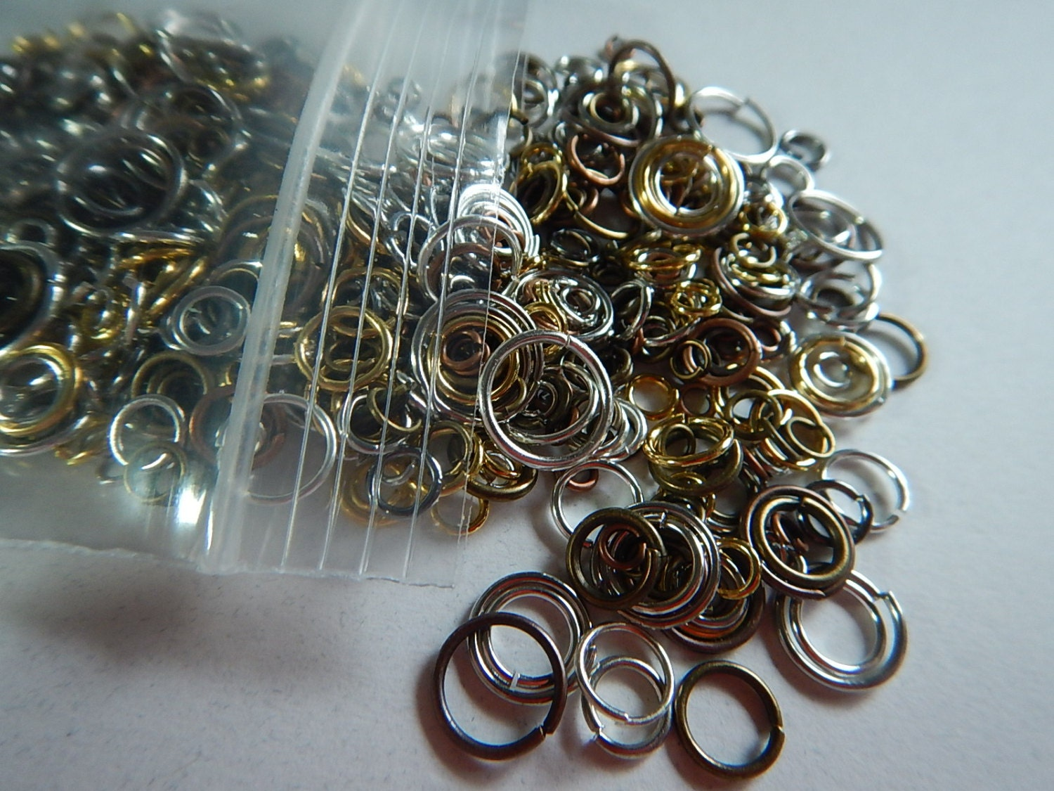250 pc jump ring mix silver copper gold plated metal 3 14mm for Mixture of gold and silver