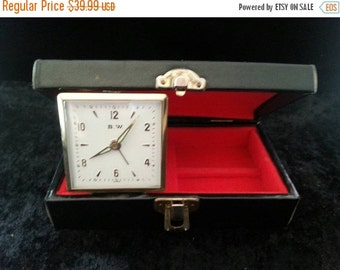 Christmas In July Sale Vintage red and black jewelry box travel alarm clock mid century made in Japan working