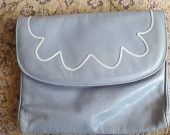 CLOUD 9    ///    Leather Clutch Purse