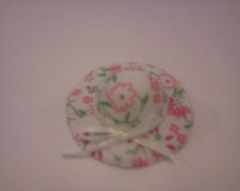 Dolls House Miniature Pink & White Straw Hat