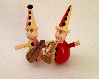 Vintage Wooden Erzgebirge Miniature Clown Musician Jesters , Christmas Putz Figurines, Tiny Wood Circus Clown Musicians