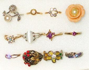 12 Vintage Rhinestone rings