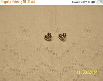 20 OFF EVERYTHING Vintage Hollow Heart earrings. Sterling Silver.