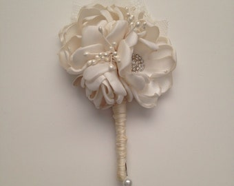 Boutonniere - Fabric Boutonniere - Pure Cream Colored - Groom's Boutonniere, Bridal Party, Bestman, Groomsmen, Father of the Bride, Grandpa