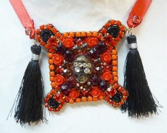 Day of the Dead necklace, Dia de los muertos necklace, carnival skull pendant jewelry, black tassel red rhinestone halloween rococo japanese