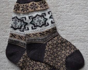 Wool Socks, Norwegian Scandinavian folk art, hand crafted 100% Wool, Fair Isle Snowflake, size Medium