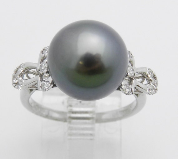 18K White Gold Diamond and Black Pearl Engagement Ring June Birthstone Size 6.5