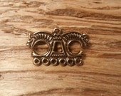 Viking era bronze bifacial pendant with Horse-Heads  (festoon hanger or clatter charm or pendant?) sold individualy