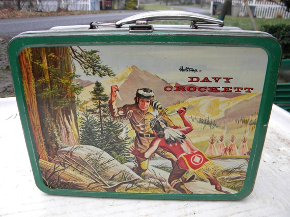 DAVY CROCKETT metal LUNCH box