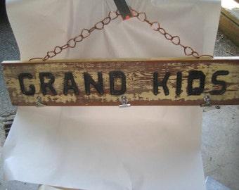 Family Grand Kids sign