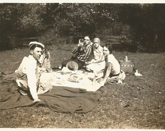 "Vintage Snapshot ""Sunday In The Park"" Picnic Lunch Flappers Cloche Hat Picnic Basket Found Original Photo"