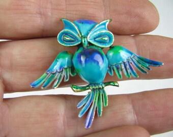 Vintage enameled owl brooch pin