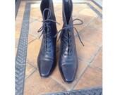 Nine West Vintage genuine Leather black ankle boots size 7