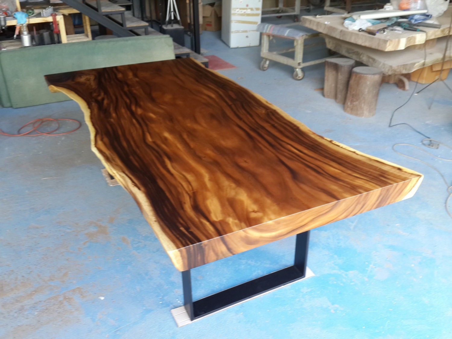 Live edge dining table reclaimed solid slab acacia wood for Live edge wood slabs new york