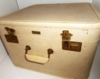 Vintage Square Suitcase, Aeropak Cream, Suitcase ,Stackable Suitcases