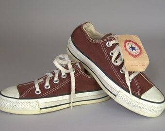 80s DEADSTOCK Converse Made In USA Burgundy Chuck Taylor Low Top Converse Allstars, 4 Womens 2 Mens