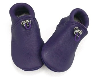 Handmade purple leather lambswool lined baby shoes.  Crib shoes.  Soft sole shoes.  Booties. Moccasins