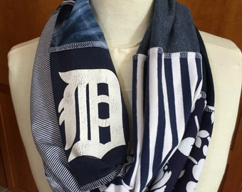 UPCYCLED t-shirt scarf... DETROIT TIGERS... baseball... blue and white (infinity style)