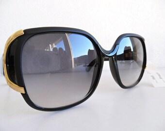 TED LAPIDUS .  NoS Sunglasses 80s Eyewear Sunnies Shades Sun-Cheaters Glasses Spectacles Unworn Unused Oversized