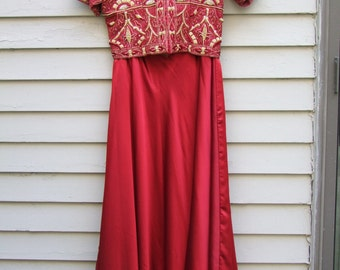 Vintage 2pc. Red and Gold embroidered and beaded Red Sultana skirt set ala 1980s 1990s
