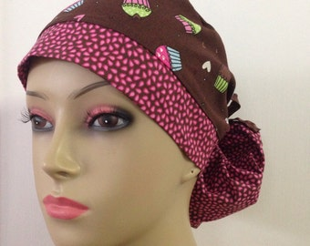 Women's Ponytail Surgical Scrub Hat - Cupcakes