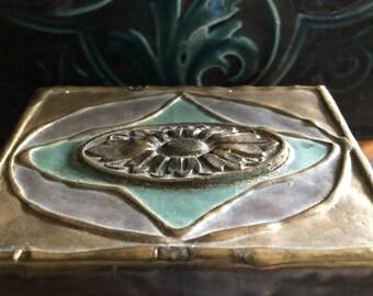 Lovely Antique Art Nouveau Paper Mache Box Jewelry Trinket