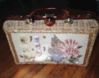 Vintage Sea Shell Handbag.  Free US Ship