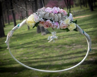 Photo Frame:  Roses and Ribbons
