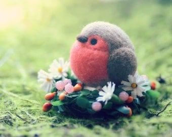 Robin bird doll table top ornament, needle felted robin bird on flower bed, mini spring flower garden, bird on flower, gift under 20