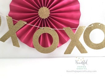 XOXO Valentine's Garland | Valentine's Day Decorations | Valentines Day Banner | Valentines Decor | Valentine Photo Prop | Ready to Ship