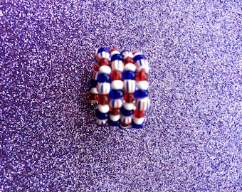 Patriotic Red White and Blue Expandable Stripe Glass Rocaille Memory Wire Ring,  by JulieDeeleyJewellery on Etsy UK Size J US Size 5.