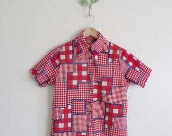 Vtg 70s Red White & Blue Gingham Ricrac Button Up Blouse • Patchwork Plaid Check  Short Sleeve Collared Shirt - S/M