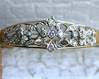 Awesome Vintage Diamond 14K Yellow Gold Hinged Bangle Bracelet - 1.60ct.