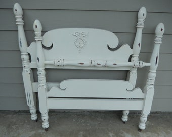 Shabby Twin Bed - White Twin Bed - Vintage Twin Bed - Shabby Poster Bed - White Painted Bed - Cottage Style Bed - PICK UP or DELIVERY only