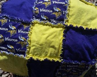 Minnesota Vikings Rag Quilt