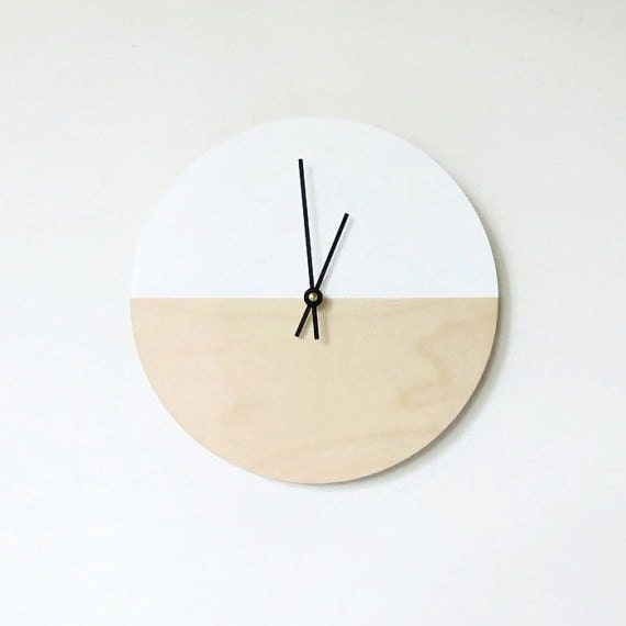 Sale wall clock trending minimalist art natural by shannybeebo for Decoration minimaliste