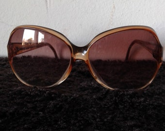 Vintage 70s sunglasses,retro sunglasses,Oversize sunglasses, brown frame made in  spain