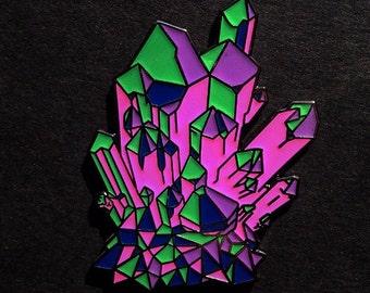 Crystal pin, quartz cluster, hat pin