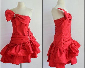 1980s, RED , strapless party dress , small