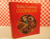 Betty Crocker's Cookbook Ring Binder Vintage 1970s