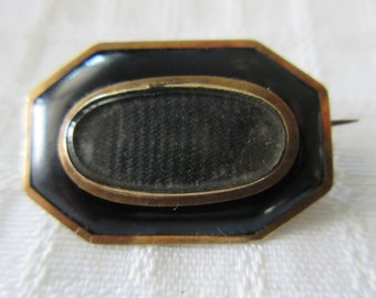 """Antique~late 1800s ~ HAIRWORK~ MOURNING BROOCH~Engraved Initials on Back~Old """"C"""" Type Closure"""