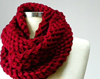 SALE, knit scarf, Knitted infinity scarf, chunky cowl scarf, cowl scarf, gift for her, knit scarf, circle scarf, infinity scarf