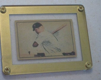 new just in 1952 Berk Ross Mickey Mantle  awesome vg card only 1 available in a gold screwdown case