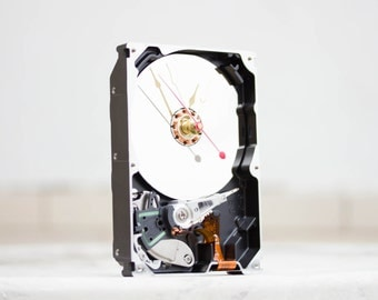 Desk clock - recycled Computer clock - hard drive - HDD clock - ready to ship - c9539
