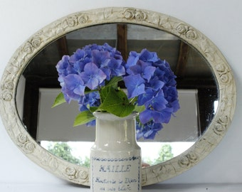 "Old French Oval Mirror..17.1/2"" x 13.1/2""....Chippy Painted Frame..Frou Frou....Nordic Style....Shabby Chic"