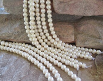 "Freshwater Potato Pearl Large Hole Bead Creamy White 8-10 mm 8"""