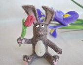 Mothers day gift Needle Felted Bunny rabbit with spring flower Soft Sculpture OOAK felt bunnies, needle felted miniature