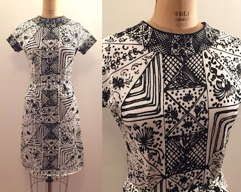 Goldworm made in Italy graphic  b/w poly print ss dress
